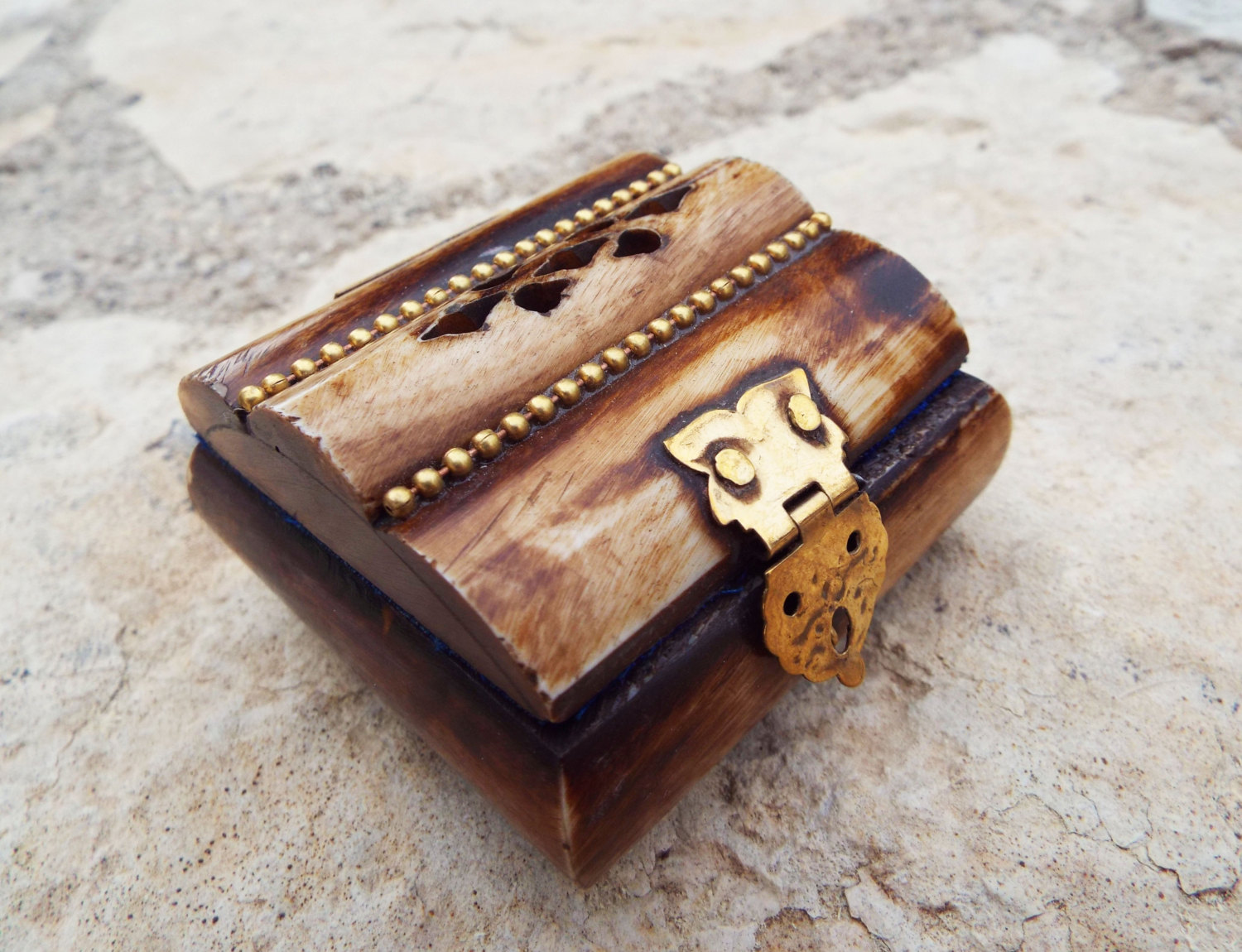 Bone box handmade trinket chest carved jewelry box antique for Vintage antique jewelry box