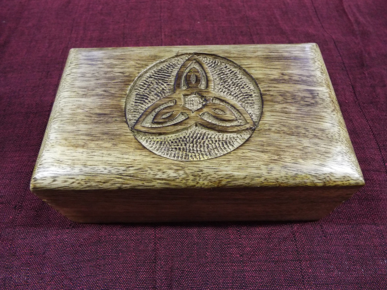 Box wooden mango tree triquetra celtic jewelry handmade Eco friendly home decor