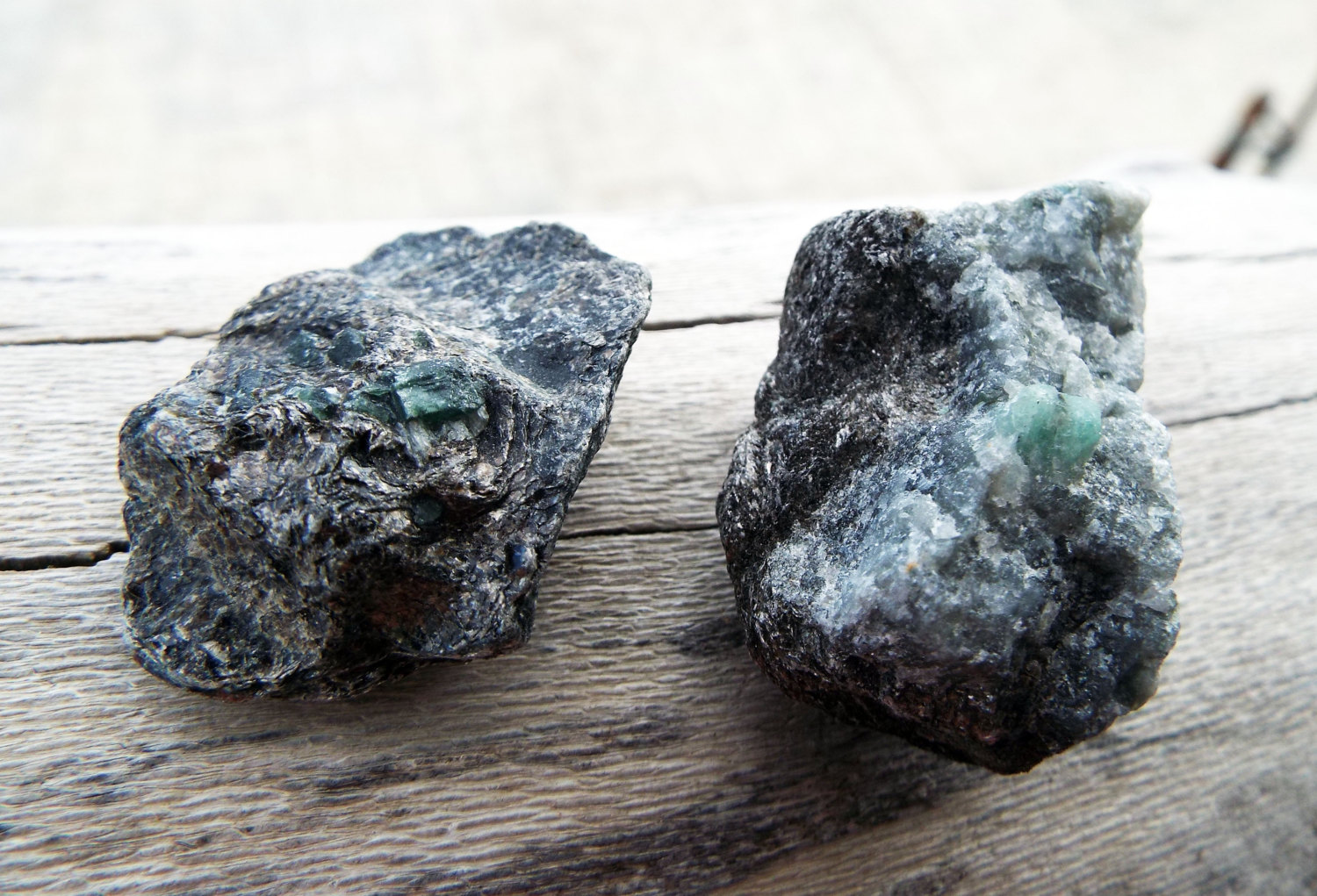 Emerald Gemstone Rough Green Solid Rock Untouched Spiritual Healing